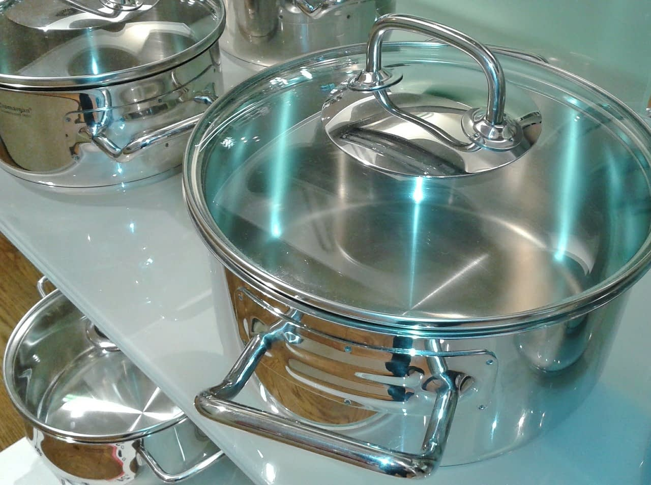 Top Types of Cookware Materials